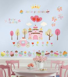 RoomMates Wandsticker Cupcake- Landschaft mit Schloß